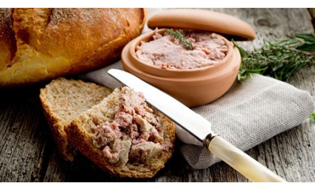 """3.cach lam banh my pate 3 - Mách bạn cách làm bánh mỳ pate cho bữa sáng ngon """"hết sảy"""""""