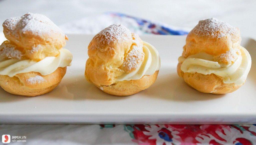 cach lam banh su kem 2 1024x581 - Cách làm bánh su kem đơn giản bằng lò nướng